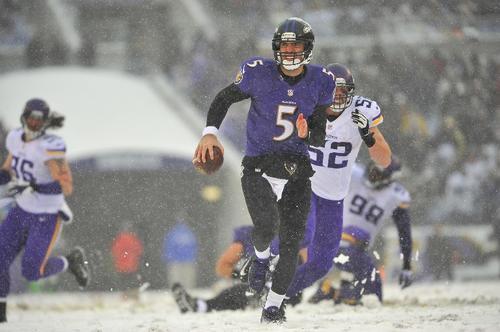 El mariscal de campo Joe Flacco llevo a a los Ravens de Baltimore a la victoria ante los Vikings de Minnesota. (Foto: Larry French/AFP)