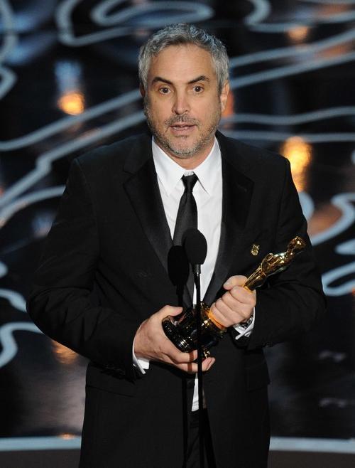 ¡Premio para Latinoamérica! El director mexicano Alfonso Cuarón se llevó el Oscar como Mejor Director. (Foto: AFP)