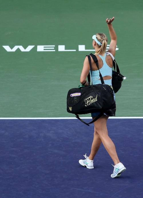Sharapova se despidió tras su caída ante la italiana Camila Giorgi. (Foto: AFP)