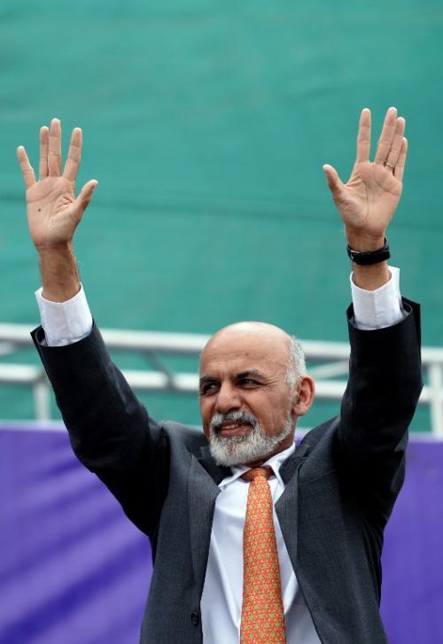 Ashraf Ghani,  ha optado por atraer el voto del cerca del nueve por ciento de uzbekos mediante la alianza con el líder indiscutible de esa etnia, Rashid Dostum, polémico exmilitar acusado de graves crímenes de guerra. (Foto: AFP)