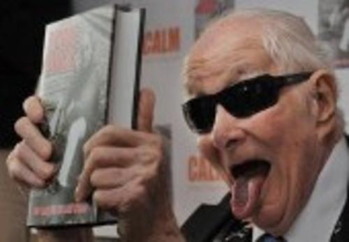 """Ronnie Biggs durante la presentación del libro """"Odd man out: The Last Straw"""" en 2011. Foto AFP"""