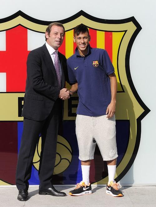 "La querella del ""caso Neymar"" obligó a Rosell a tomar la decisión de apartarse del Barcelona. (Foto: Josep Lago/AFP)"