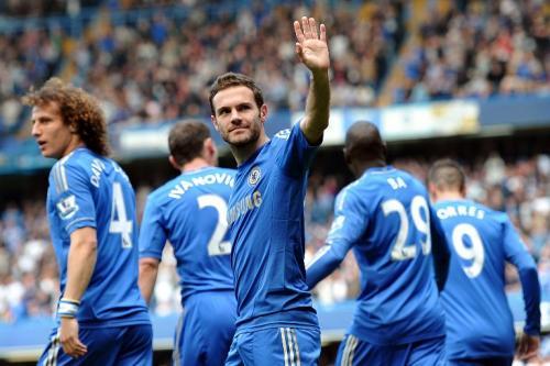 Desde hace varios meses Juan Mata buscaba dejar el Chelsea debido a la poca actividad por decisión técnica de José Mourinho. (Foto: Carl Court/AFP)