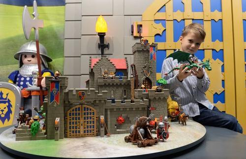 La famosa marca Playmobil también hace su presentación en la Feria del Juguete de Nuremberg. Foto AFP