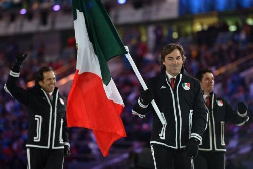 Fue el abanderado de la delegación mexicana en la ceremonia de inauguración de los Juegos Olímpicos de Invierno en Sochi.  (Foto: AFP)