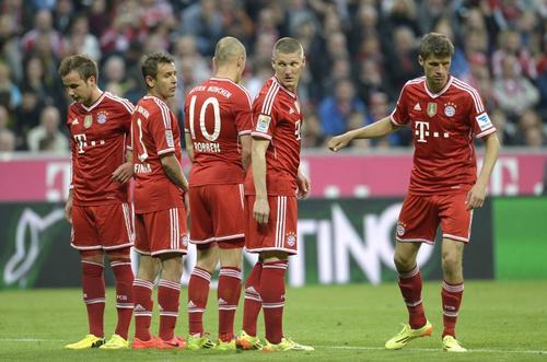 Los dirigidos por Pep Guardiola perdieron el clásico en su propio estadio. (Foto: AFP)