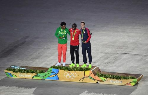 El último podio de Río fue el del maratón masculino. (Foto: AFP)