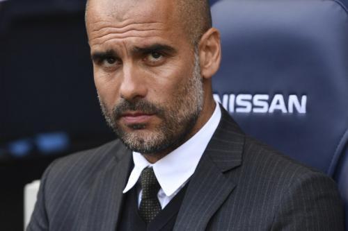 El técnico catalán del City sueña con las estrellas del Barça (Foto: AFP)