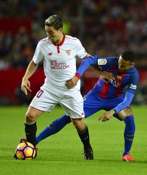 Samir Nasri, en acción contra el FC Barcelona hace unas semanas. (Foto: AFP)