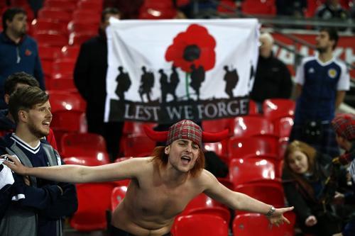 El partido tuvo un ambiente incomparable. (Foto: AFP)