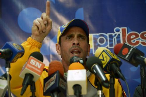 Capriles señala a Maduro de alentar la confrontación en el país. Foto AFP