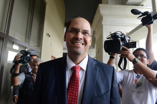 Arias tiene el apoyo total de Ricardo Martinelli (Foto: AFP)