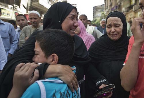 La sentencia de muerte para los 683 islamistas ha ocasionado gran conmoción en Egipto. (Foto: AFP)