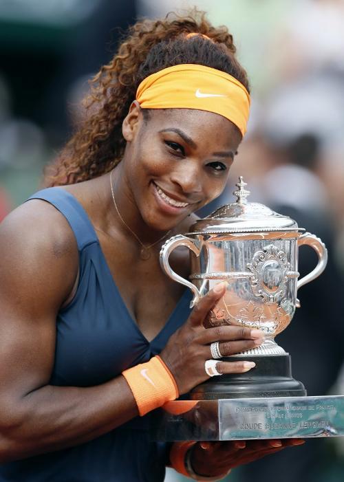 Serena Williams ocupa el primer puesto del escalafón mundial de la WTA, seguida por Victoria Azarenka. (Foto: Patrick Kovarik/AFP)