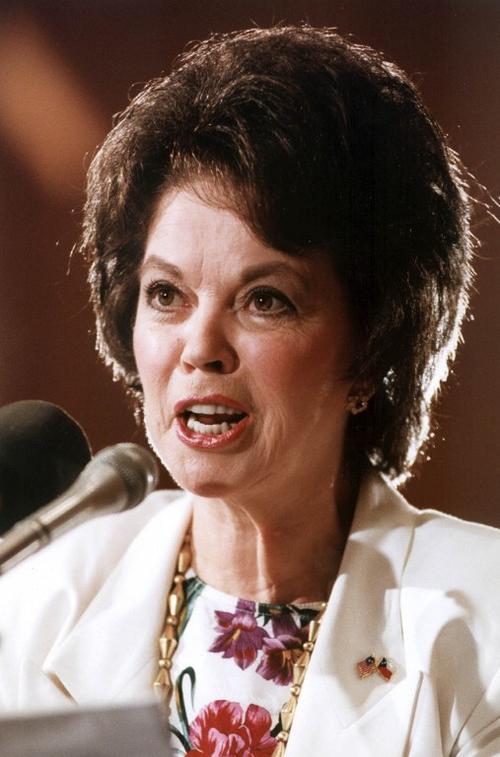Shirley Temple fue embajadora de EE.UU. en Ghana y Checoslovaquia. (Foto: AFP/Pancho Bernasconi)