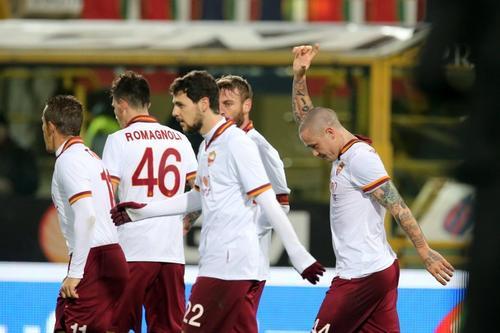 La Roma derrotó 1-0 al Bolonia y está a seis puntos de la Juventus. (Foto: AFP)