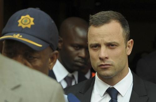 El juicio a Oscar Pistorius comenzó en el Tribunal Superior de Pretoria el 3 de marzo, y está previsto que se extienda hasta el 20 de este mes. (Foto:AFP)