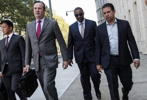 Jeffrey Webb, ex presidente de Concaf abandona el edificio de una corte federal en Nueva York.  (Foto: AFP)