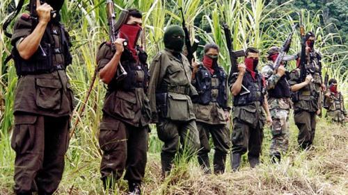Ambas partes siguen sin acordar cómo serán entregadas las armas que utiliza la guerrilla. (Foto: AFP)