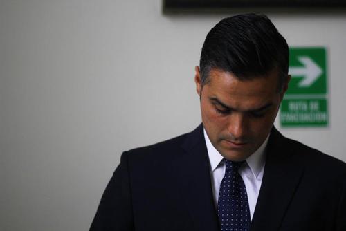 Hernández Azmitia afirma que ha tenido acercamientos con varias bancadas para incorporarse a alguna en los próximos días. (Foto: Archivo/Soy502)