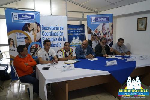 Personeros de la Municipalidad de Esquipulas y autoridades encargadas del evento dieron a conocer el plan de acción para este fin de semana. (Foto: Municipalidad de Esquipulas)