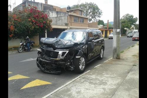Imagen de archivo del vehículo propiedad de Roxana Baldetti; el percance vial ocurrió el 9 de abril de 2015 en un sector de la zona 15. (Foto: Archivo/Soy502)