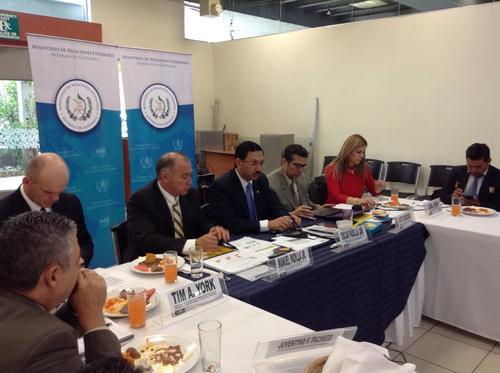 La presentación se llevó a cabo en una reunión con representantes de la patrulla fronteriza.