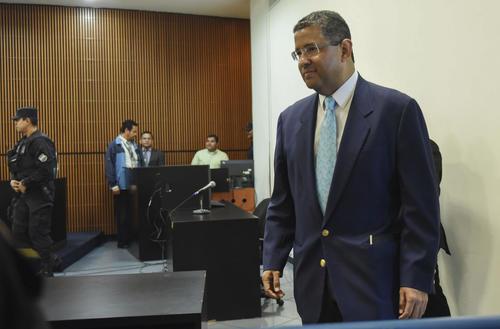 El pasado viernes, el tribunal salvadoreño anula el cargo de blanqueo y prisión al expresidente Flores. (Foto: EFE)
