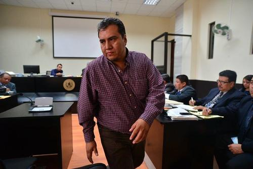 Julio César Cotzajay es copropietario de la Distribuidora La Victoria. (Foto: Wilder López/Soy502)