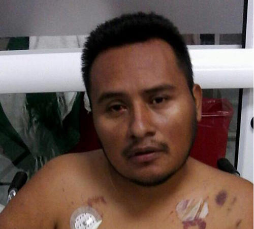 Según la familia de Miguel, su salud empeoró durante la espera en la sala de emergencia.