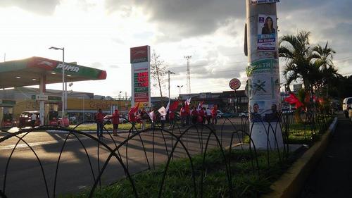 Afiliados de Lider promueven a la agrupación política en Villa Hermosa, San Miguel Petapa.