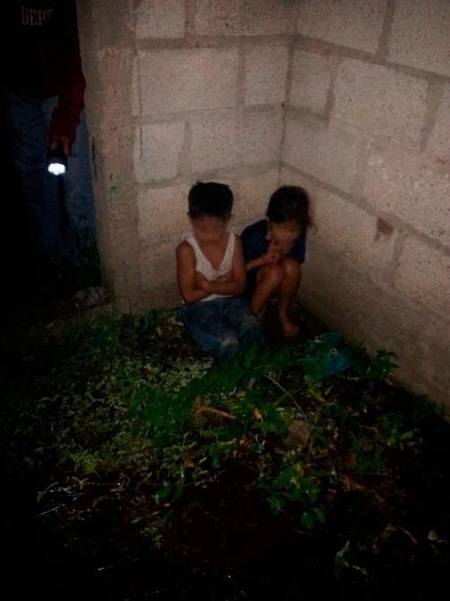 Los menores fueron localizados en una construcción abandonada. (Foto PNC)