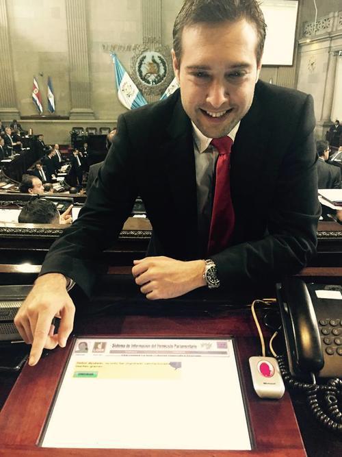 La salida del diputado Marco Aurelio Pineda, representa la muerte del bloque Alianza Ciudadana. (Foto: Facebook/Marco Aurelio Pineda)