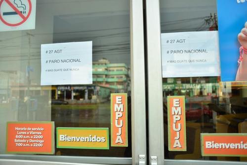 Otros ejemplos de negocios cerrados por el paro nacional. (Foto: Jesús Alfonso/Soy502)
