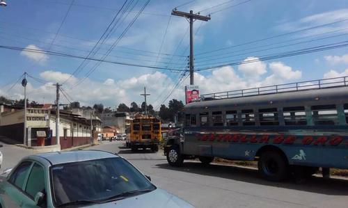 Buses han sido vistos en varios municipios trasladando a personas a los Centros de Votación.