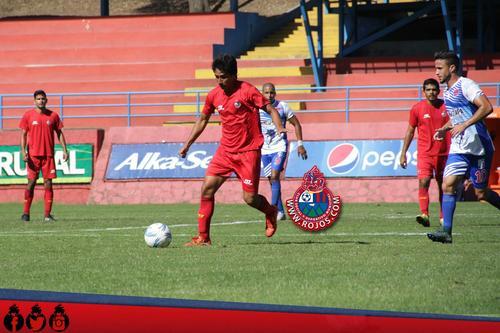 La buena noticia para los rojos es la recuperación de Renato Sequén, quien está acumulando ritmo y minutos en el medio campo.