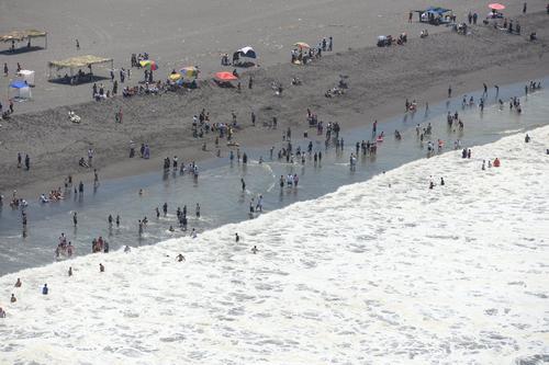 Los salvavidas están preparados para recibir a miles de guatemaltecos en la playa. (Foto: Archivo)