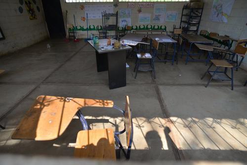 Esta es el aula un día después del asesinato. (Foto: Wilder López/Soy502)