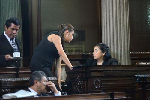 Delia Bac y Eva Monte, madre e hija, fueron electas por el partido Lider y ahora integran Alianza Ciudadana. (Foto: Archivo/Soy502)
