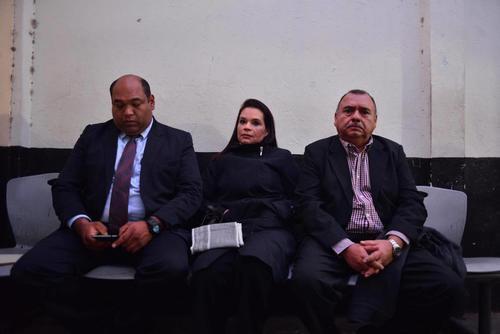 El martes, Baldetti esperaba en la sala de espera, acompañada de miembros de su equipo legal. (Foto: Archivo/Soy502)