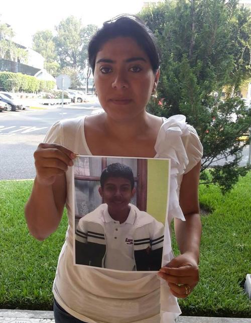 La madre de Alex asegura que el personal del Liceo Javier fue negligente. (Foto: Facebook/ Justicia por Alex)