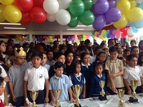Los estudiantes de diversos centros educativos participaron en el concurso de matemática. Las eliminatorias se realizaron en Guatemala, Chimaltenango, Sacatepéquez, Petén, Retalhuleu, Mazatenango y Quetzaltenango. (Foto: Fredy Hernández/Soy502)