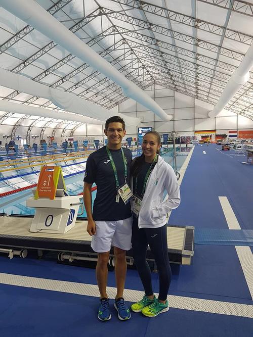 La semana anterior Charles practicó en la piscina del Centro Acuático, de Río. (Foto: Facebook)
