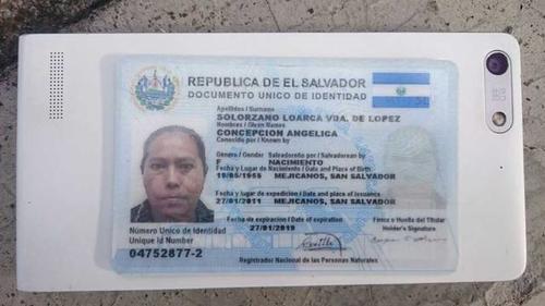 Este es el documento de identificación de la supuesta fallecida. (Foto: www.elsalvador.com )