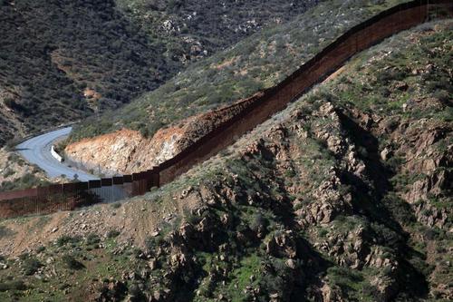 Gran parte del muro ya está construido. (Foto: AFP)