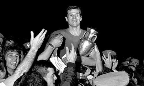 Luego de ser beneficiada por la suerte, Italia ganó en la final ante Yugoslavia y se coronó campeona. (Foto: athlet.org)