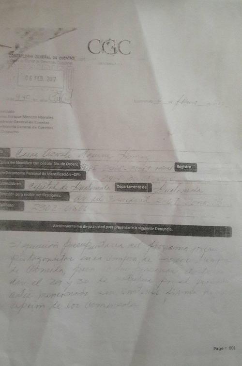 Copia de la denuncia presentada en la contraloría. (Foto: Soy502)