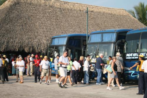 Los visitantes abarrotaron los principales sitios turísticos entre el 7 y 15 de abril, según reporta el Inguat. (Foto: Soy502)