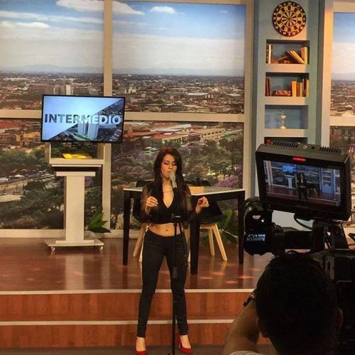 Fabiola se presenta con los foros de diversos programas de espectáculos. (Foto: Fabiola Roudha)
