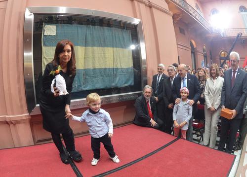 La presidenta Cristina Fernández durante el acto de conmemoración de la Guerra de las Malvinas. (Foto: Cristina Fernández de Kirchner/Facebook)